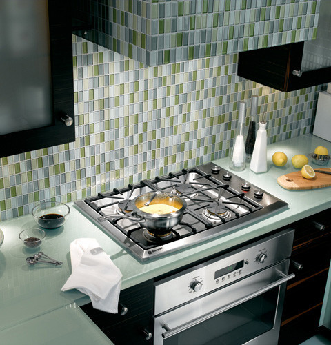 Monogram ZGU384NSMSS 30 Inch Gas Cooktop with 4 Sealed