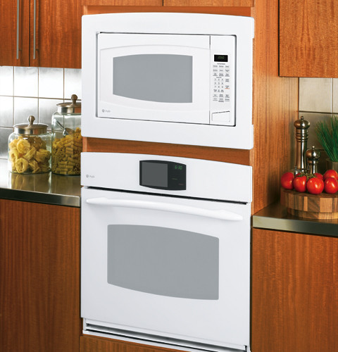 GE PEB2060 20 cu ft Countertop Microwave Oven with 1200