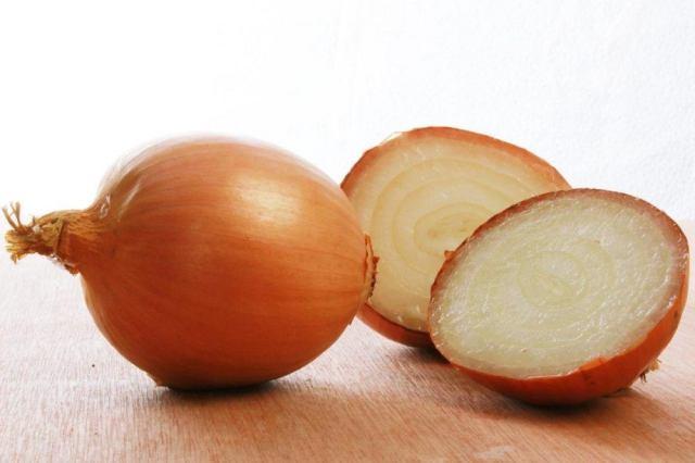TastingTable, https://www.tastingtable.com/cook/national/how-to-cut-onion-flavor