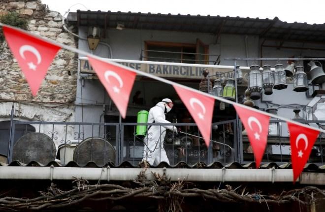 تركيا تسجل 15 إصابة بسلالة كورونا الجديدة