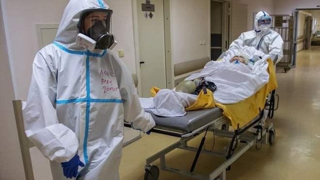 روسيا تسجل 27100 حالة كورونا جديدة و510 وفيات