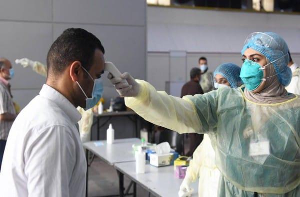 الكويت تبدأ حملة التطعيم الشاملة بلقاح فايزر ضد كورونا