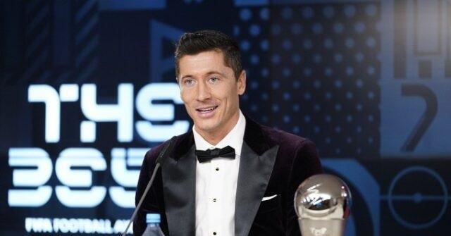 ليفاندوفسكي ثاني لاعب يقهر ميسي ورونالدو في تصويت The Best