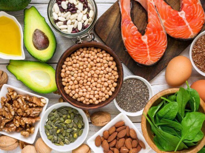 10 أطعمة تمنحك مزيدًا من الطاقة في يومك أبرزها الشوفان