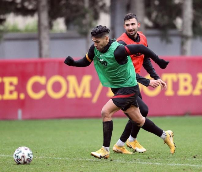 هل يرحل فالكاو عن Galatasaray ؟
