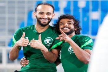 عبدالله عطيف: الأجواء في معسكر المنتخب السعودي رائعة