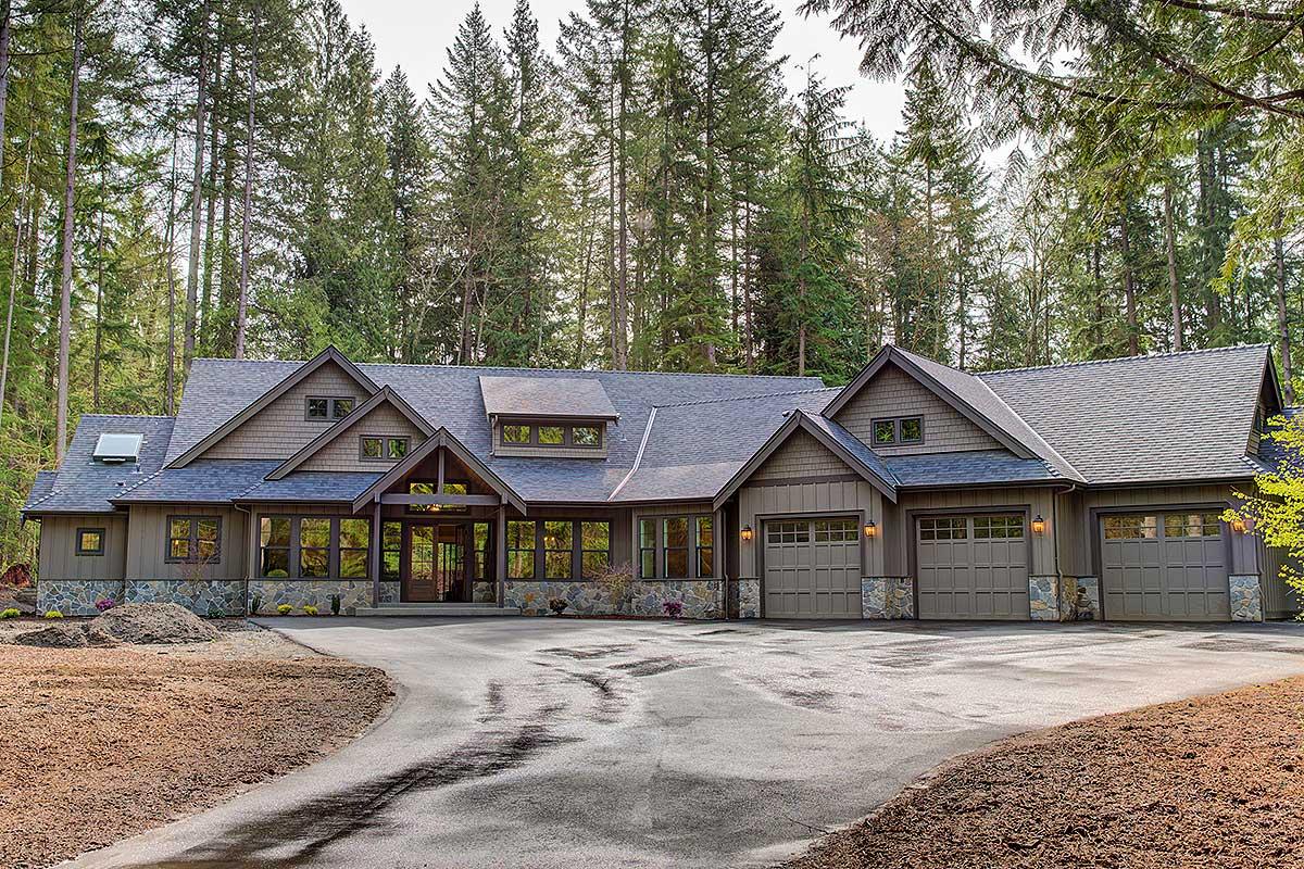 Amazing One Level Craftsman House Plan 23568jd