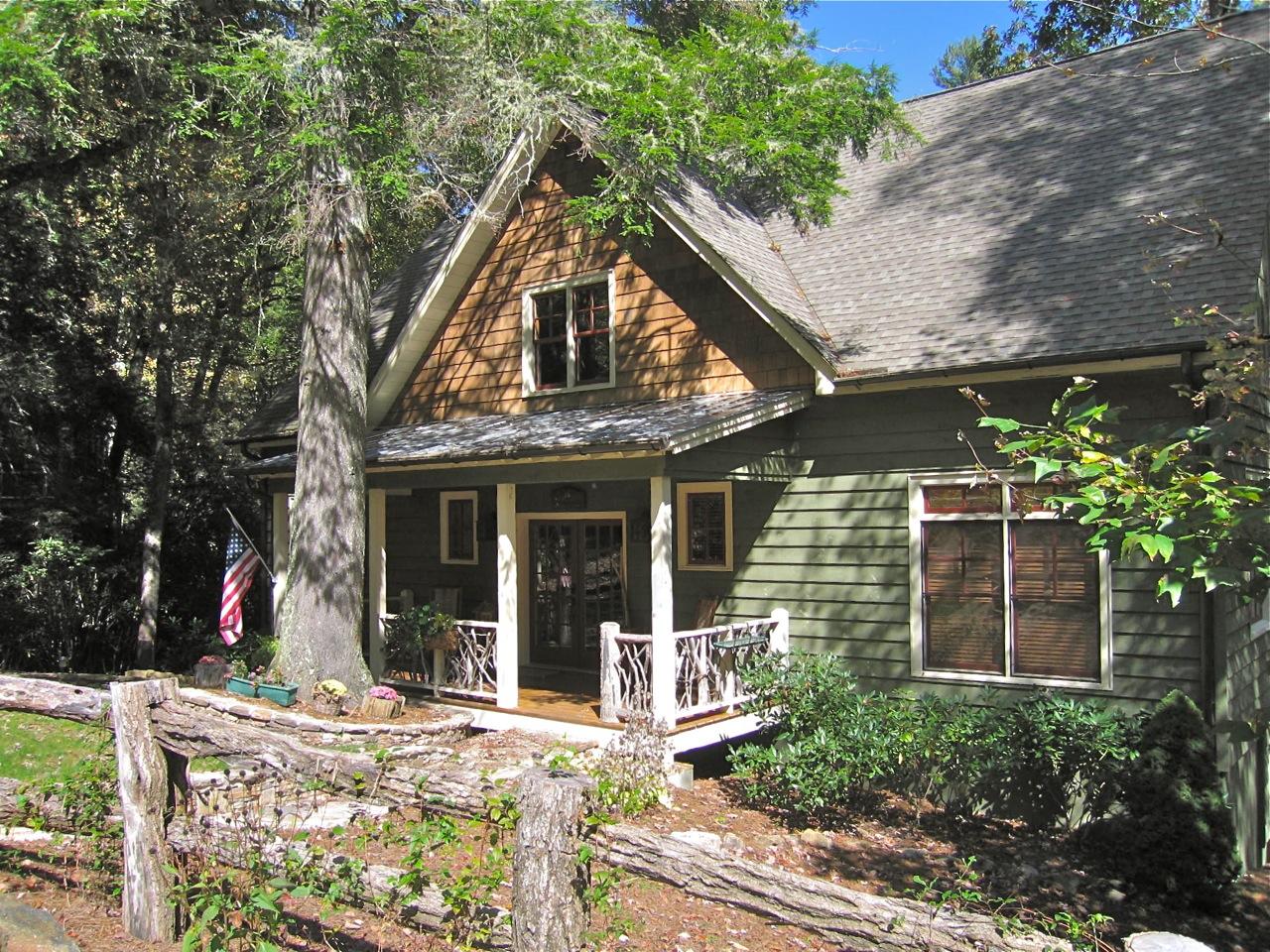 Rustic House Plan Sloping Lot - 29860rl