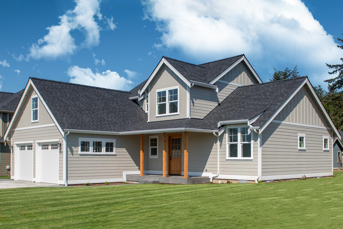 Traditional House Plan With Vaulted Great Room And Bonus