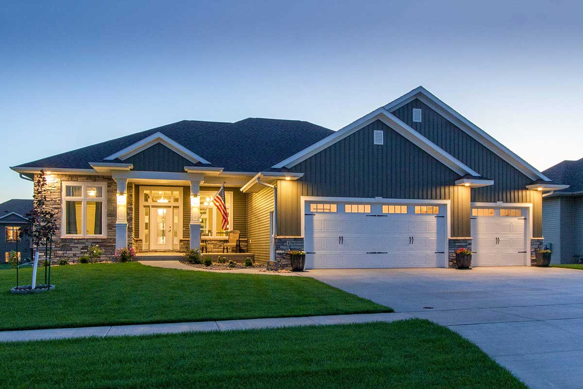Craftsman Home Plan With Open Concept Floor Plan