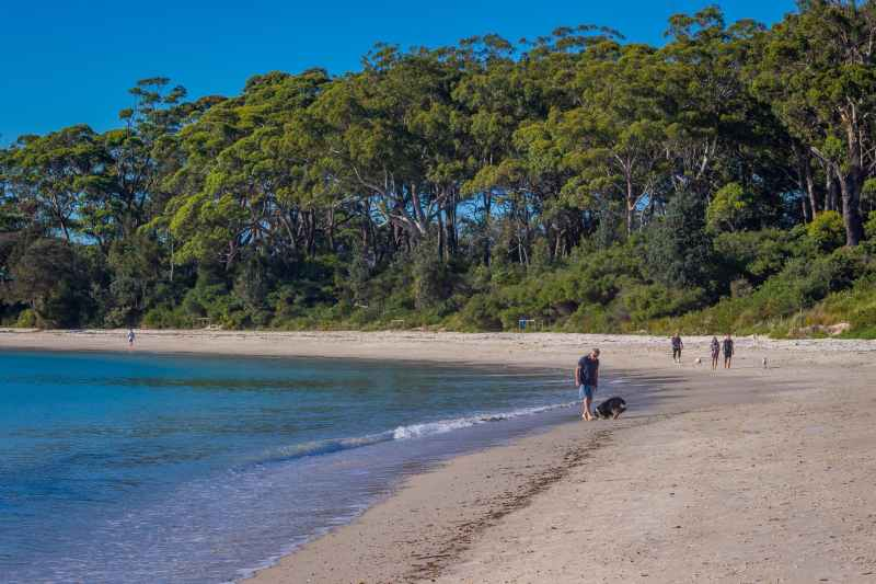 Huskisson Beach Nsw Holidays Accommodation Things To