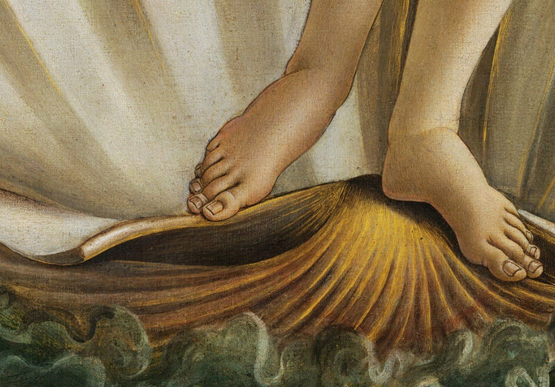 The toes of Botticelli's Venus.