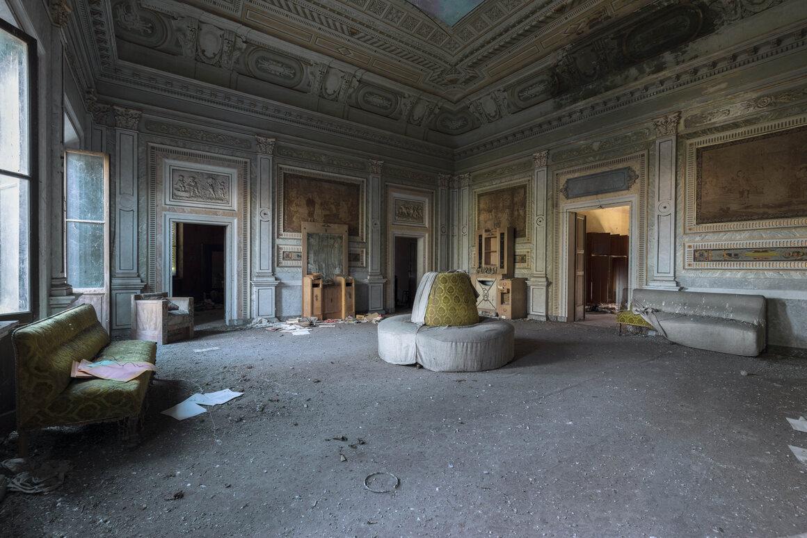 Documenting The Beauty Of Italys Abandoned Villas Atlas