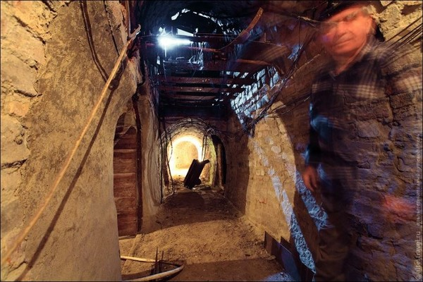 Subterranean Secrets Moscows Metro2 and the DIYSubway