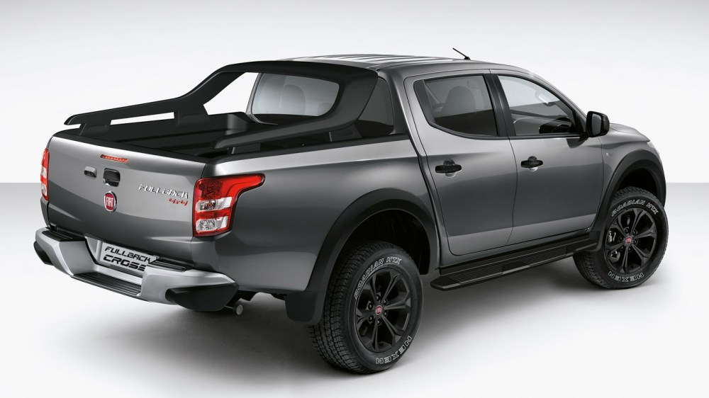 medium resolution of fiat fullback cross a completely rebadged mitsubishi triton thai made