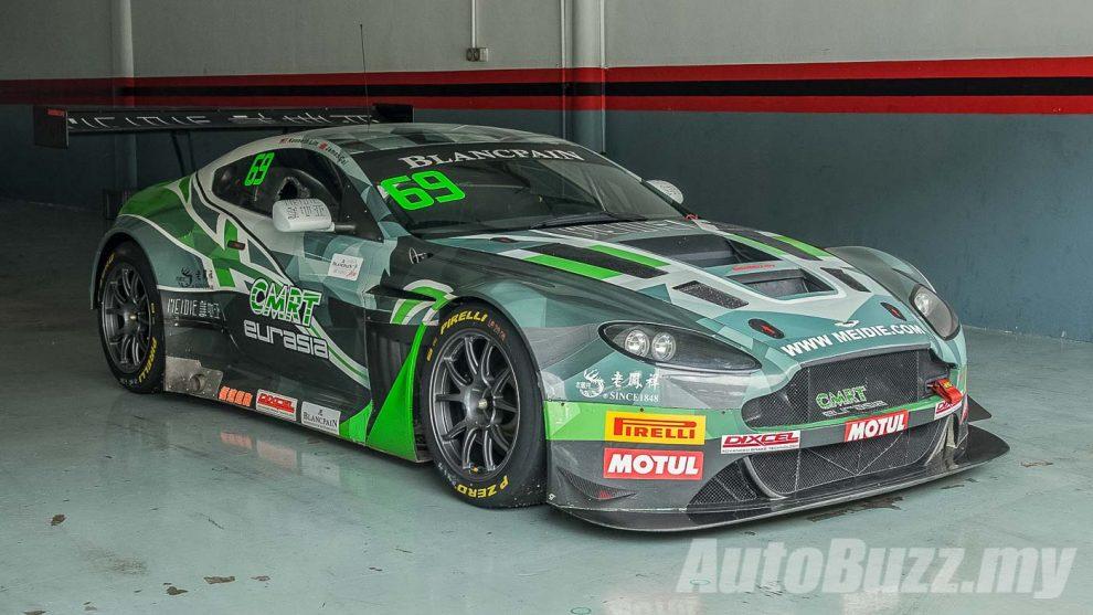 Video Driving the Aston Martin V12 Vantage GT3 race car