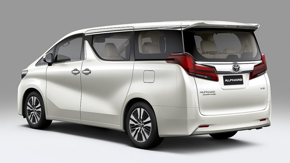 all new alphard facelift oli untuk grand avanza 2017 toyota vellfire now in malaysia rm351k to rm541k for the executive lounge you ll find semi aniline leather upholstery more areas covered as well