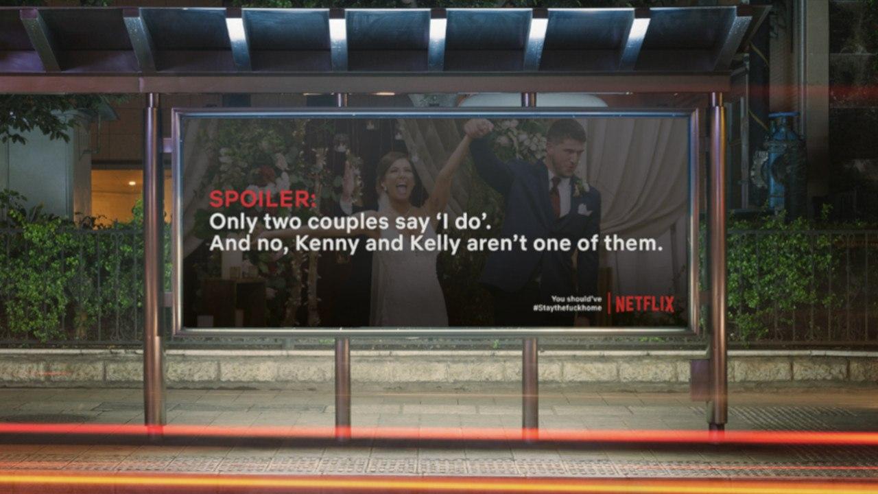 Na Alemanha, espalharam cartazes com spoilers de séries da Netflix para fazer pessoas ficarem em casa