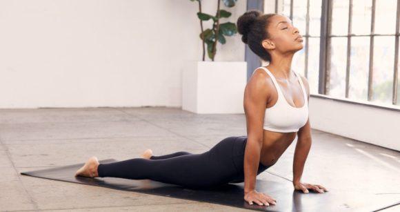 OMS lança app com treinos gratuitos de Yoga