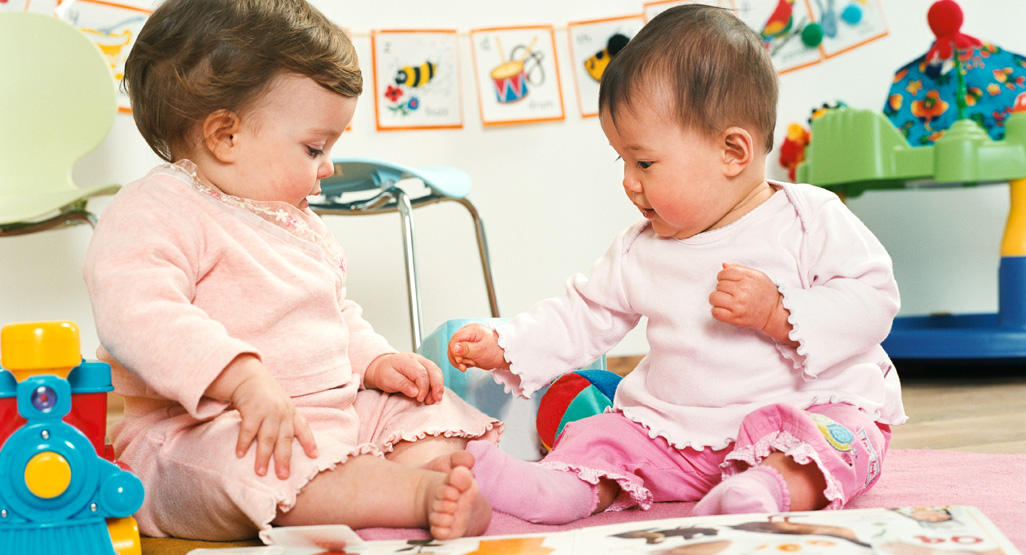 Toys For 6 To 9 Month Olds Babycenter