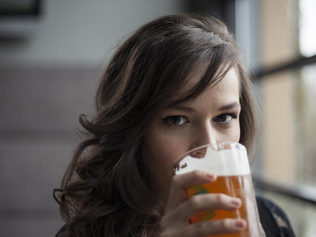 Is it true that drinking beer increases a breastfeeding ...