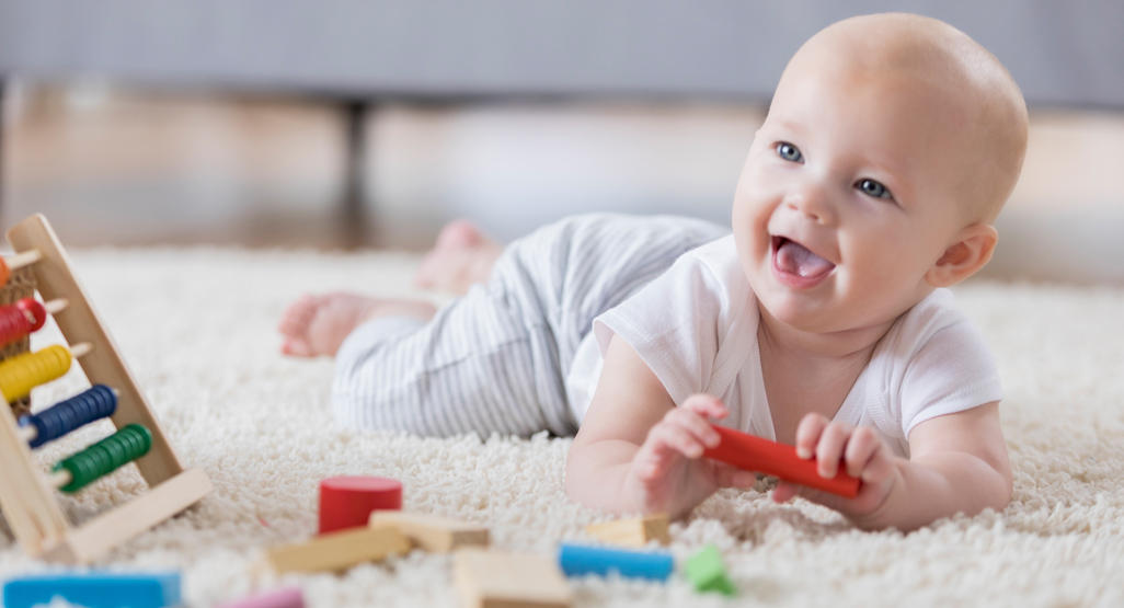 Baby milestones: one to six months - BabyCentre UK