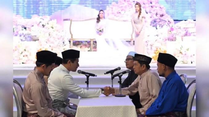 Dengan sekali lafaz, ahli perniagaan, Rosland Othman bergelar suami Miera Leyana. - Foto Ihsan The Affiliates