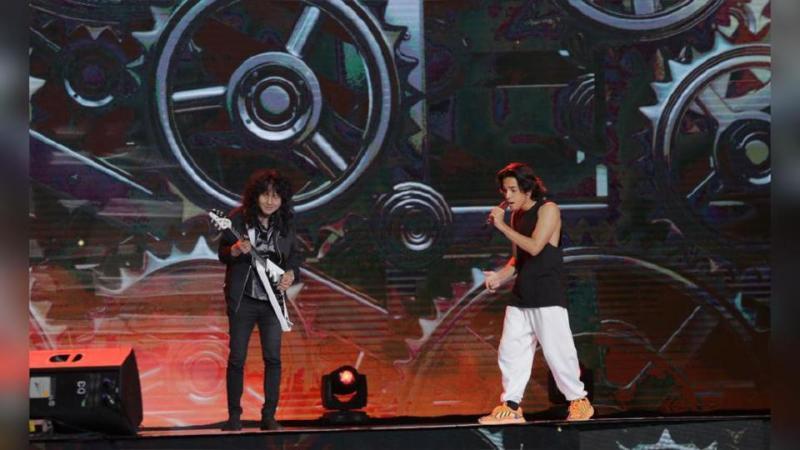 Gitaris lagenda, Man Keedal muncul dengan persembahan bersama Naim Daniel. - NSTP/Asyraf Hamzah