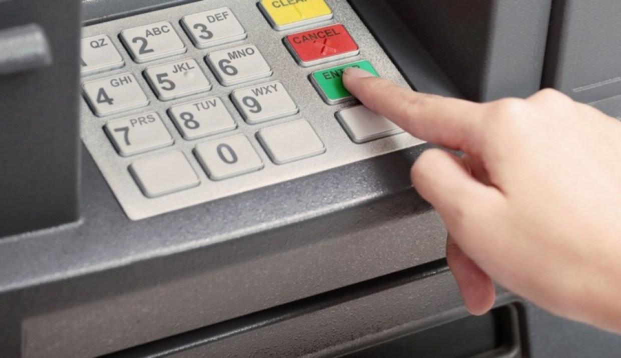 Guna ATM terhad 7 pagi hingga 10 malam' - BNM | Nasional | Berita ...
