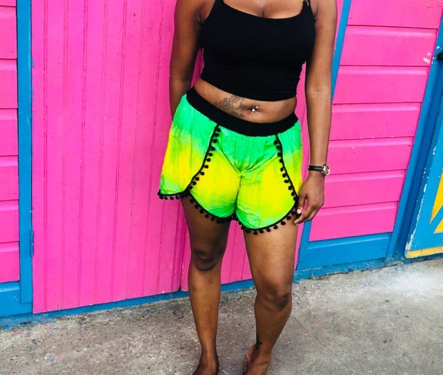 Image Of Jamaica Pom Pom Shorts