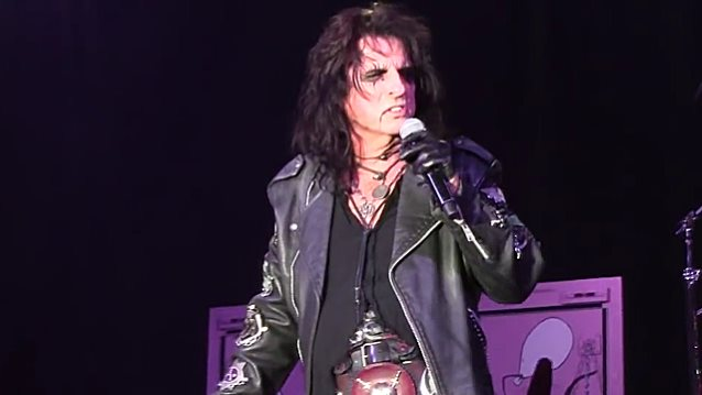 ALICE COOPER's 'Paranormal' Album Gets Official Release Date
