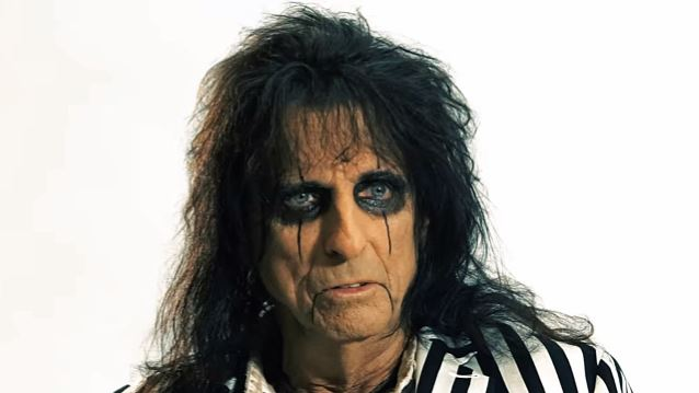 ALICE COOPER Has Begun Recording Demos For Next Album