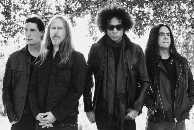 ALICE IN CHAINS Announces 'Black Antenna' Film Project