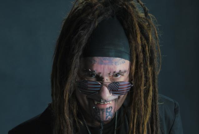 MINISTERIO anuncia su gira de verano 2020 con KMFDM y FRONT LINE ASSEMBLY; BLABBERMOUTH.NET preventa disponible