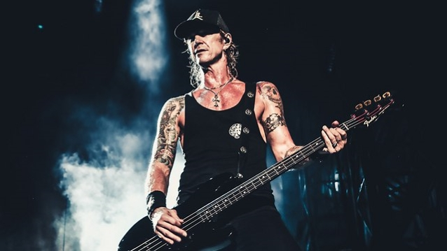 Axl Bass Wiring Diagram Duff Mckagan On New Solo Album It S Not A Rock Record