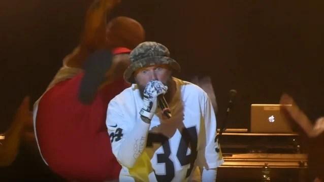 INSANE CLOWN POSSE Member Attempts To Dropkick LIMP BIZKIT Frontman FRED DURST Mid-Concert (Video)