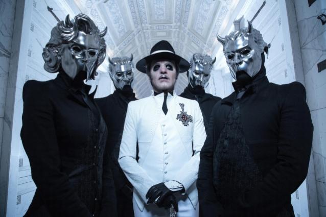 GHOST進入新音樂視頻的過去,'舞蹈可怕'