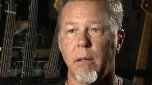 METALLICA Is 'Recording Right Now,' Says JAMES HETFIELD