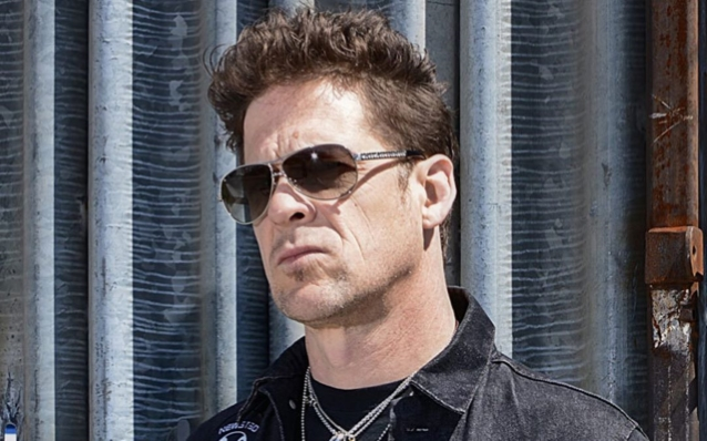 El ex bajista de METALLICA, JASON NEWSTED, vende su casa en Walnut Creek por $ 2.3 millones