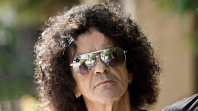Former RAINBOW/DIO Bassist JIMMY BAIN Dead At 68