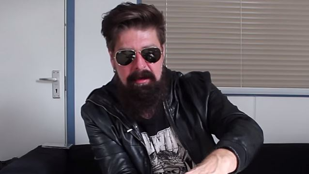 JIM ROOT Says He Was Fired From STONE SOUR By Phone