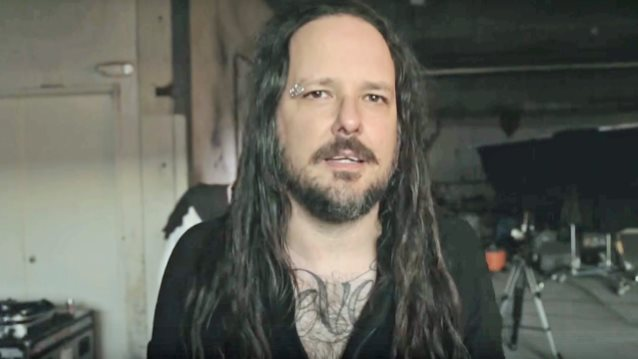 KORN's JONATHAN DAVIS To Release Solo Album In 2018: 'It's Turned Out Amazing'