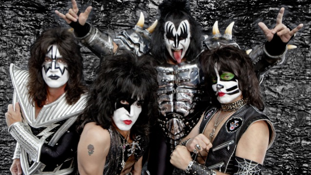 KISS To Launch Three-Year World Tour In January 2019, Says GENE SIMMONS