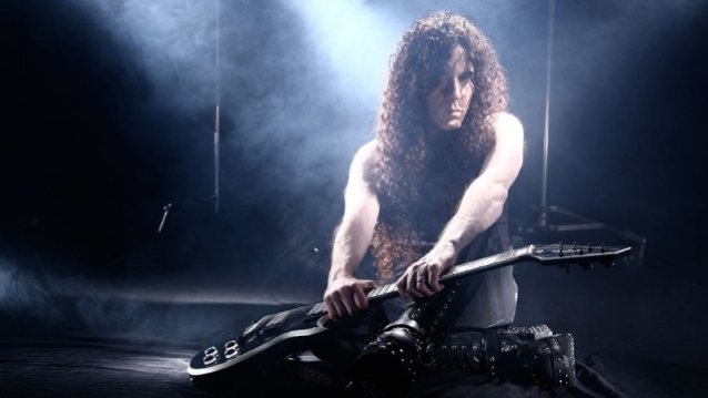 Ex-MEGADETH Guitarist MARTY FRIEDMAN: 'Drugs Are Very Silly To Me'