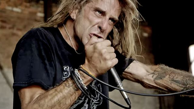 LAMB OF GOD Frontman Defends Band's Decision To Cancel European Tour