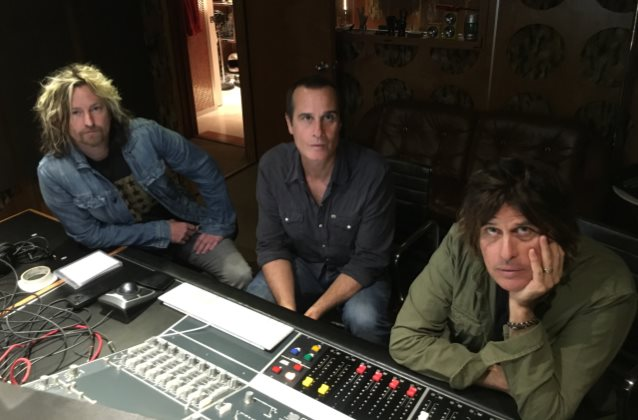STONE TEMPLE PILOTS Have Been Making Music With New Singer