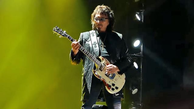 TONY IOMMI Is Mixing BLACK SABBATH's Final Shows For Possible Live Album