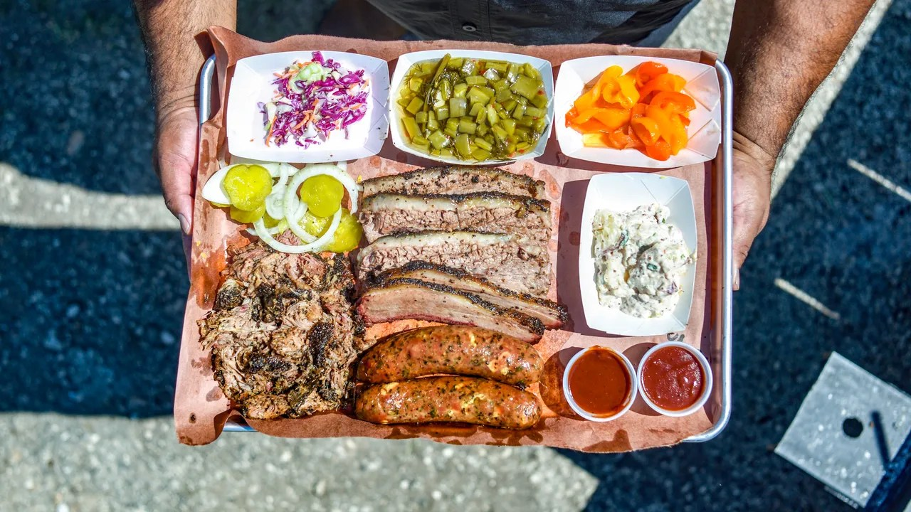 2M Smokehouse the Next Big Barbecue Joint in Texas  Bon