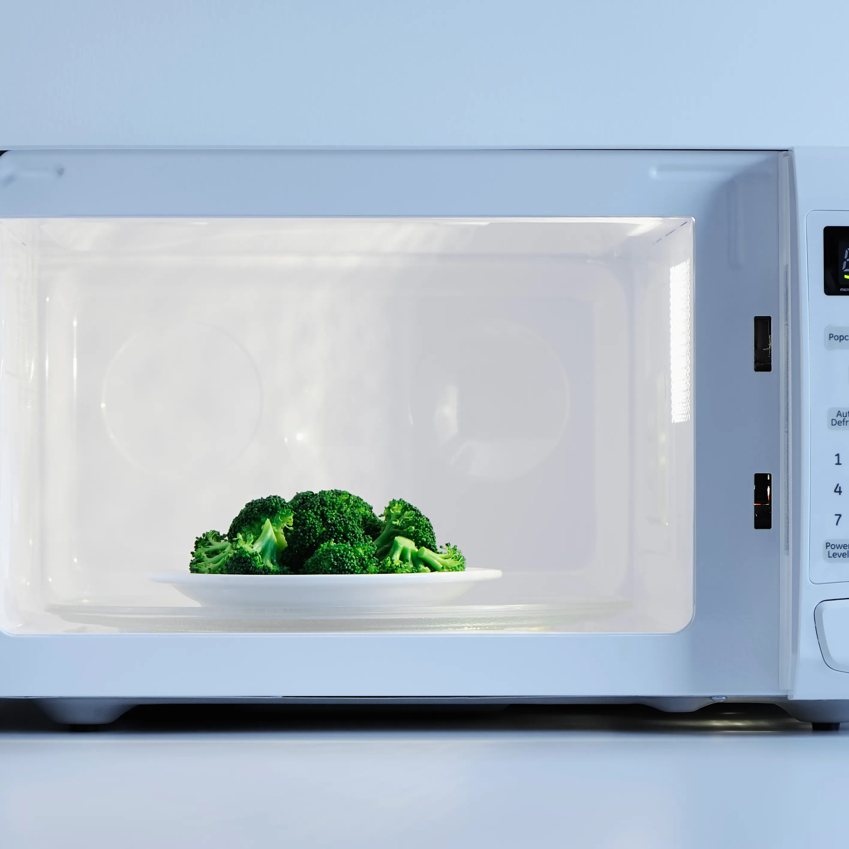 7 office microwave etiquette rules to
