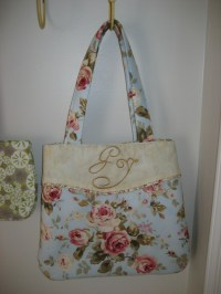 Shabby Chic Monogrammed Handbag  Sewing Projects